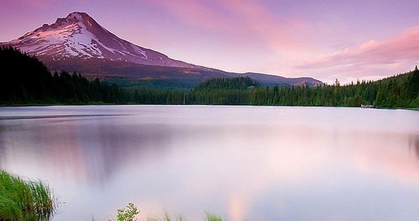 lake-twitter-background